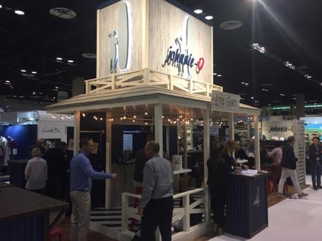 Johnnie-o-PGA-merch-show-booth